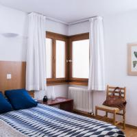 One-Bedroom Apartment with Balcony (2 Adults)