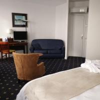 Junior Suite with Sea or Pool View