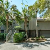 Hotel Pictures: 67 Forestay Court Home, Kiawah Island