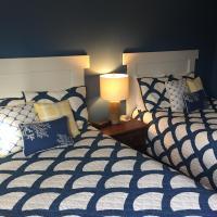 Hotel Pictures: Elk Rapids Lakeshore Inn, Elk Rapids