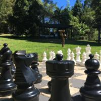 Hotel Pictures: Mapleton Cabins & Caravan Park, Mapleton