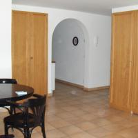 Standard One-Bedroom Apartment (4 Adults)