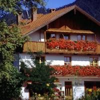 Hotelbilleder: Gästehaus Faller - Apartment 1 mit Bergblick [#76290], Lenggries