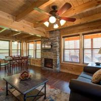 Hotelbilder: Woodland Escape - Three Bedroom Cabin, Pigeon Forge