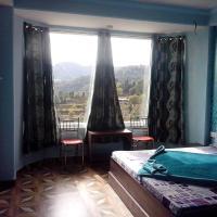 ホテル写真: Homestay on Shoghi Bypass in Shimla, シムラー