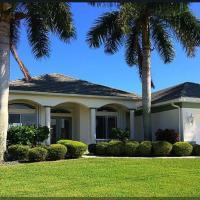 ホテル写真: Villa Central - A Luxury Cape Coral 3b/3, Cape Coral