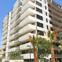 Foto Hotel: Luxurious Apartment in Hornsby Heart Area, Hornsby