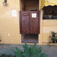 Hotel Pictures: Pousada Amarela, Iguaba Grande