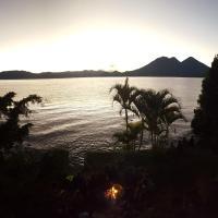 Φωτογραφίες: Tribal Village Atitlan, Cerro de Oro