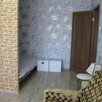 Zdjęcia hotelu: New Clean Flat 1 Hour on taxi for NSC Olimpiyskiy, Kijów