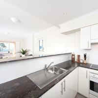 Fotos del hotel: Barrington, Unit 406/35-45 Shoal Bay Road, Shoal Bay