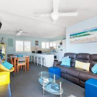 Hotel Pictures: Intrepid, Unit 4/3 Intrepid Close, Nelson Bay