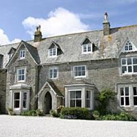 Molesworth Manor
