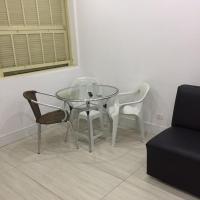 Hotel Pictures: Edificio Oeste, Santos