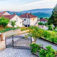 Zdjęcia hotelu: Sunny Apartment with swimming pool Stolac, Stolac