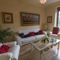 Hotel Pictures: Apartamento en Edificio Tortosa, Monóvar