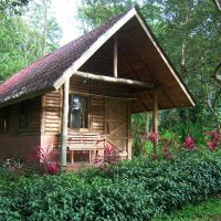 Hotel Pictures: Arenal Oasis Eco Lodge & Wildlife Refuge, Fortuna