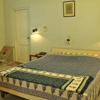 Hotelfoto's: 1 BR Guest house in Bani Park,, Jaipur (BA6E), by GuestHouser, Jaipur
