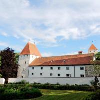 Hotelbilleder: Gästehaus Mälzerei auf Schloss Neuburg am Inn, Neuburg am Inn