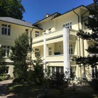 Hotel Pictures: Villa Caprivi 10, Heringsdorf