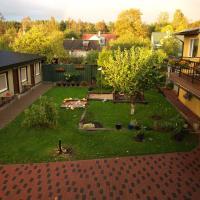 Hotel Pictures: Guesthouse Männiku, Pärnu