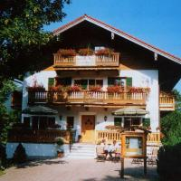 Hotel Pictures: Gästehaus Baier am Bad, Bad Wiessee