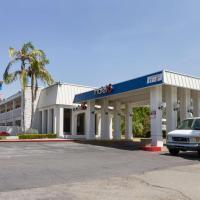 Motel 6 Claremont
