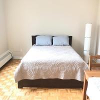 Montreal 2.5 Apartment