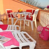 酒店图片: Apartment Barbat 15459a, 拉布