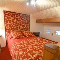 Three-Bedroom Cottage (8 Adults)
