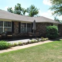 Hotellikuvia: 4 bedroom home, perfect for your trip to NWA!, Springdale