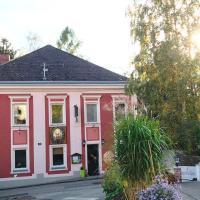 Foto Hotel: Josepha Hirsch Gästehaus, Aschach an der Donau