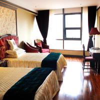 Hotellikuvia: Chongqing 30 Years Romantic Classic Hotel, Chongqing