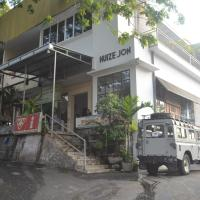 Hotel Pictures: Huize Jon Hostel, Malang