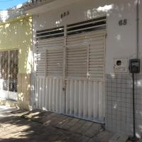 Hotel Pictures: Casa em Cajazeiras com Garagem, Cajazeiras