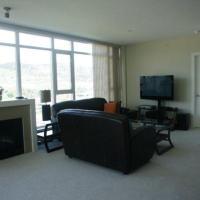 Zdjęcia hotelu: 1006 Skye at Waterscapes #1202 Condo, Kelowna
