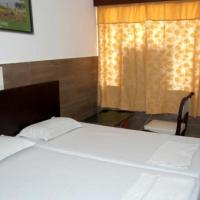 Hotel Pictures: 1 BR Guest house in Western Gate,, Agra (3257), by GuestHouser, Agra