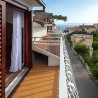 Hotellikuvia: Apartment Podgora 2787d, Podgora