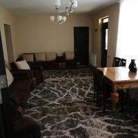 Hotellikuvia: Guesthouse Suja, Kazbegi