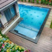 Hotel Pictures: Villa with a pool in Calangute, Goa, by GuestHouser 64455, Calangute