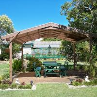 Hotel Pictures: Johnstone's on Oxley Bed & Breakfast, Redcliffe
