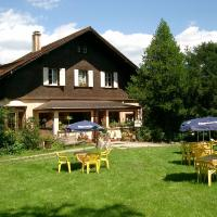Hotel Pictures: Le Chalet, Luttenbach-près-Munster