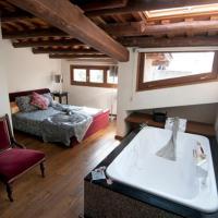 Hotel Pictures: L'Argolla Hostal, Santa Coloma de Farners