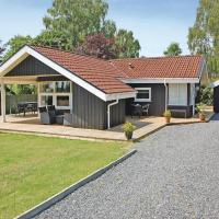 Hotellbilder: Holiday home Svalevej I, Hejls