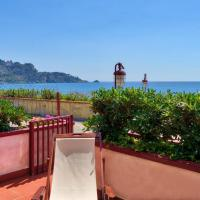 Hotellbilder: Romantic Terrace front Sea, Giardini Naxos