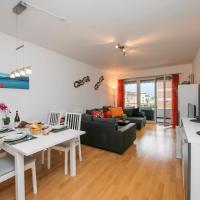 Hotel Pictures: Casa Verbano Apartment 24, Minusio