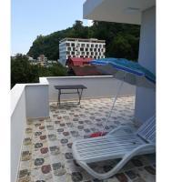 Hotellikuvia: Kvariati Beach Guesthouse Levaniko, Kvariat'i