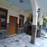 Hotelbilleder: Guest House Urat, Gjirokastër