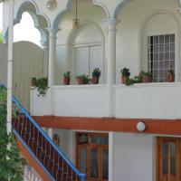Foto Hotel: Vaqif's Guest house, Sheki