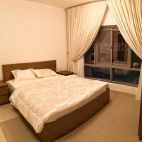 Hotel Pictures: Furnished Single Bedroom, Ghubrah